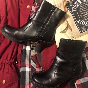 Mudd Alpine Boots - Black - Size 7.5